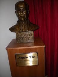 ANGELO PETYX Lo scrittore neorealista di Montedoro Visto dalla figlia Enza